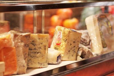 35種類のチーズが楽しめるスブリデオレストラーレ