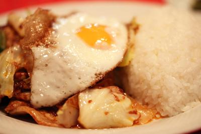 大衆中華の名店 恵比寿「天童」のホンコンかけご飯