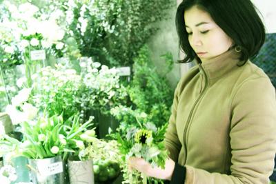 草原と野原を想像させるような花屋「kusakanmuri」
