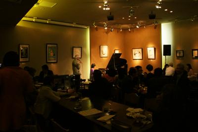 人生に音楽を。恵比寿ART CAFE FRIENDS