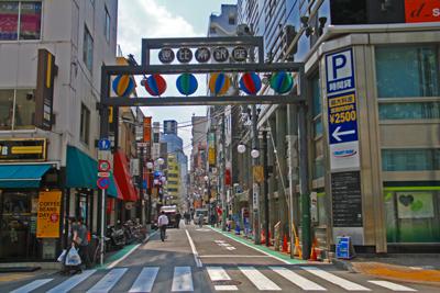 恵比寿銀座通りが全国に先駆けてソーラーハイブリッド商店街になっちゃいました!