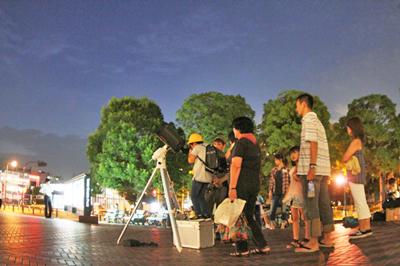 お待たせしました!今年も恵比寿ガーデンプレイスにて天体観測やりますよ!
