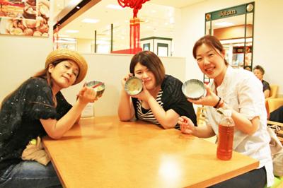 【後編】恵比寿三越地下食品売り場を白飯片手に女子3人がお総菜を食べつくす!