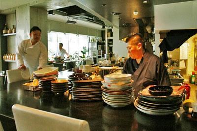 恵比寿で鉄板焼と和食を同時に楽しめる個室多めのしっとり大人の隠れ家空間「言の葉」
