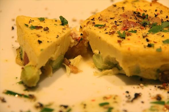 最後にオーブンで焼き上げるため中のチーズがトロりと溶けてなんとも言えない食感