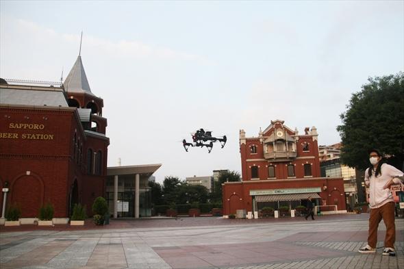 dron016