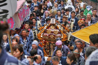 恵比寿が神輿で埋まる!氷川神社例大祭2016が9月10日連合神輿宮入11日開催!