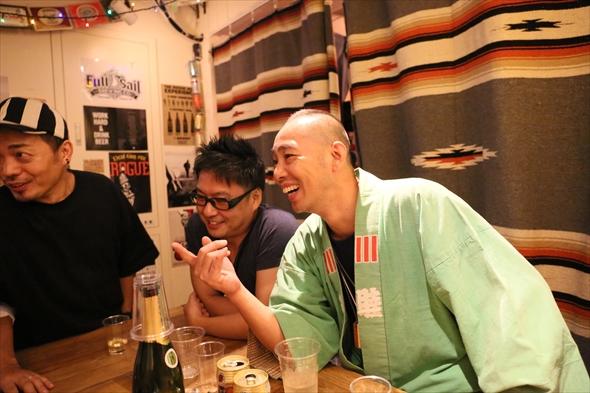 右から五十嵐さん古屋さんレッドさん。